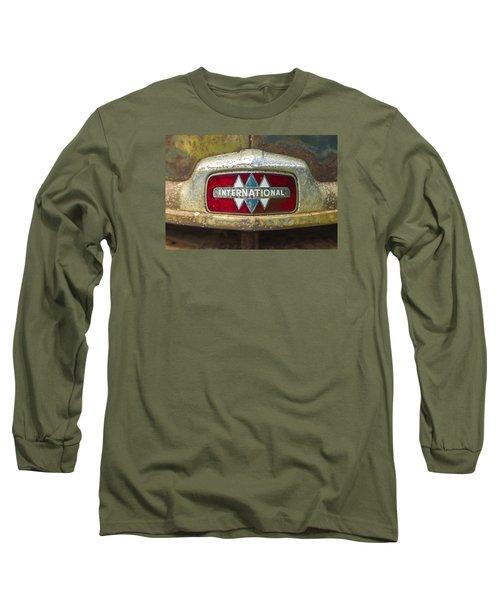 The 1947 International Emblem Ihc Trucks Long Sleeve T-Shirt