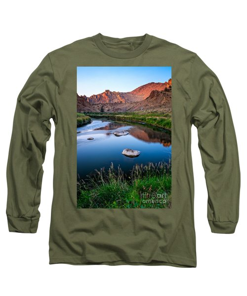 The Crooked River Runs Through Smith Rock State Park  Long Sleeve T-Shirt