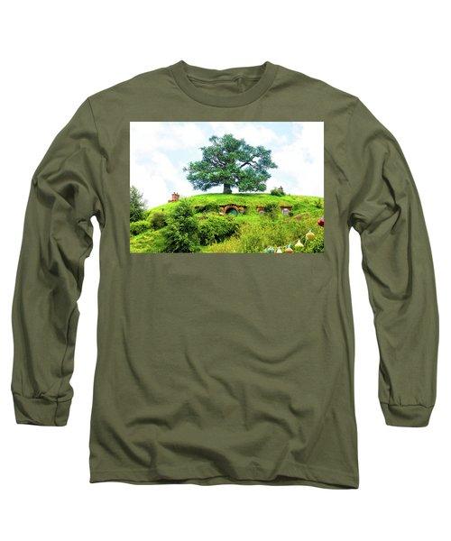 The Oak Tree At Bag End Long Sleeve T-Shirt