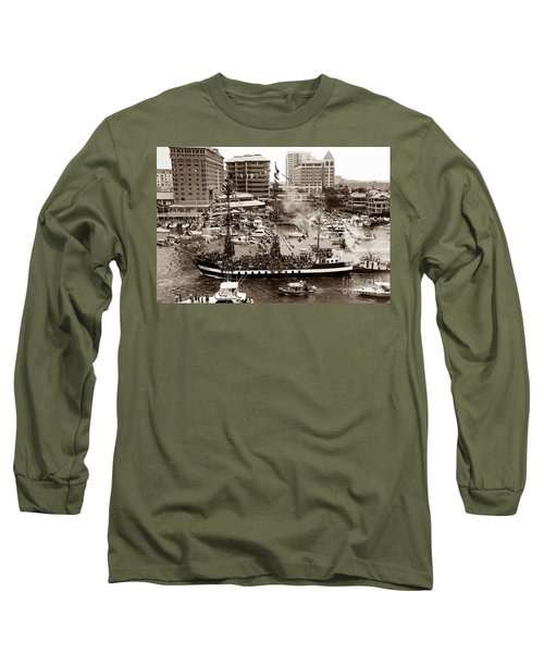 The Old Crew Of Gaspar Long Sleeve T-Shirt