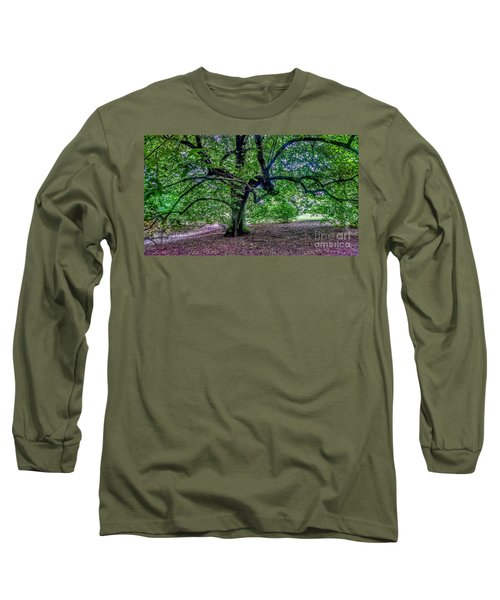 The Old Tree At Frelinghuysen Arboretum Long Sleeve T-Shirt