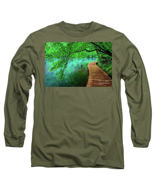 Tree Hanging Over Turquoise Lakes, Plitvice Lakes National Park, Croatia Long Sleeve T-Shirt
