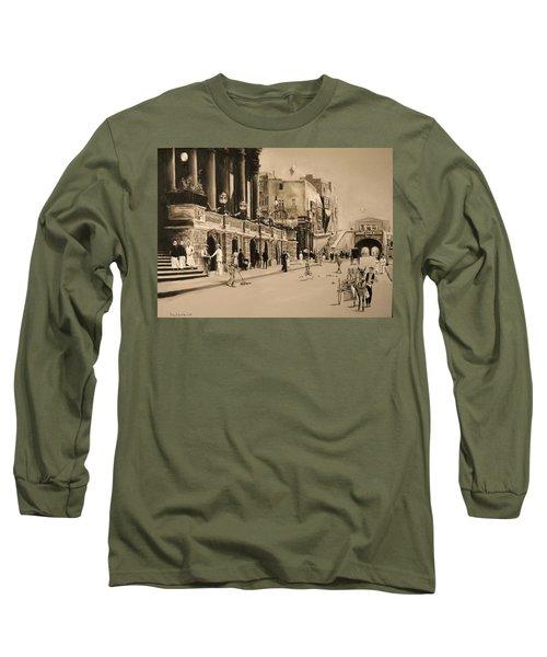 Valletta Entrance 1935 Long Sleeve T-Shirt