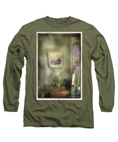 Vinalhaven Mother Long Sleeve T-Shirt