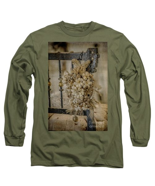 Vintage Floral Swag On A Bedpost Long Sleeve T-Shirt