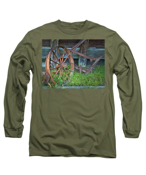 Long Sleeve T-Shirt featuring the photograph Wagon Wheel And Fence by David and Carol Kelly