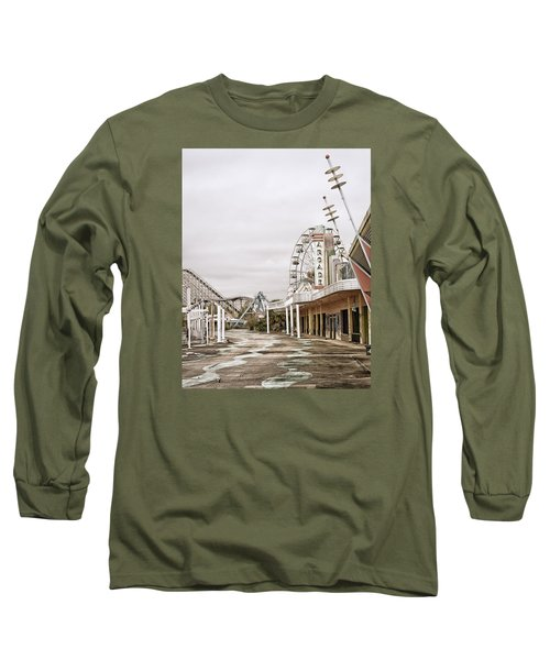 Long Sleeve T-Shirt featuring the photograph Walkway To The Arcade by Andy Crawford