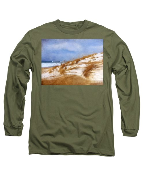 Wintertime St. Joe Lighthouse  Long Sleeve T-Shirt