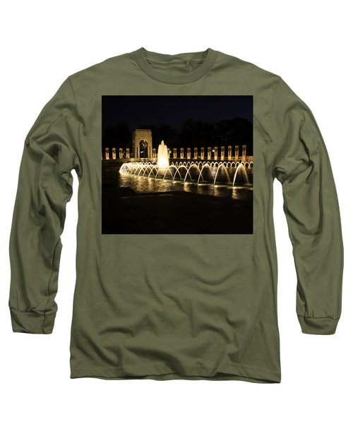 World War Memorial Long Sleeve T-Shirt