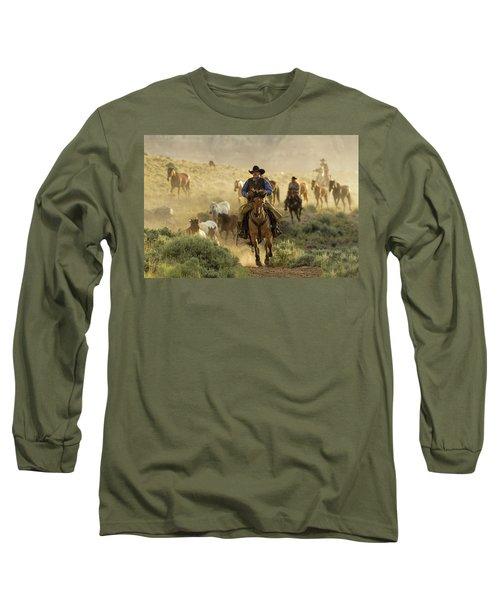 Wrangling The Horses At Sunrise At Absaroka Ranch, Wyoming Long Sleeve T-Shirt