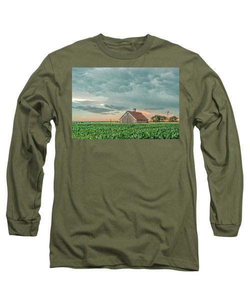 Barn In Sunset Long Sleeve T-Shirt