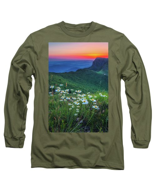 Daisies In The Mountain Long Sleeve T-Shirt