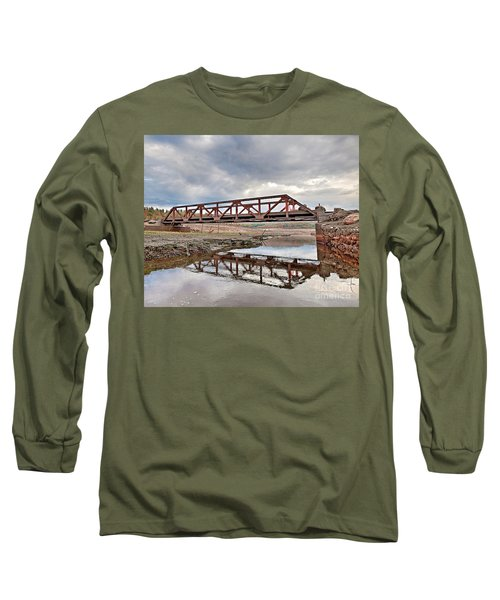 Ghost Bridge - Colebrook Reservoir Long Sleeve T-Shirt