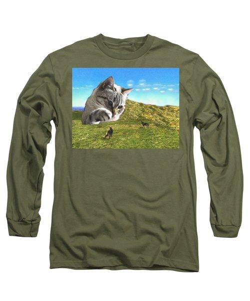 Gulliver's Cat Meets Abbie's Dogs  Long Sleeve T-Shirt