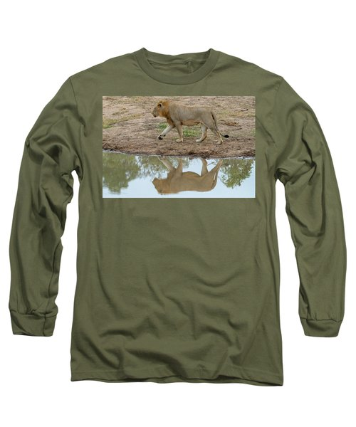 Male Lion And His Reflection Long Sleeve T-Shirt
