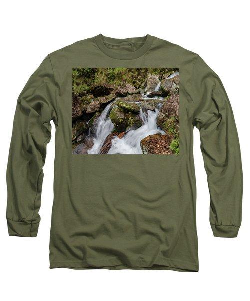 Medium Cascade Long Sleeve T-Shirt