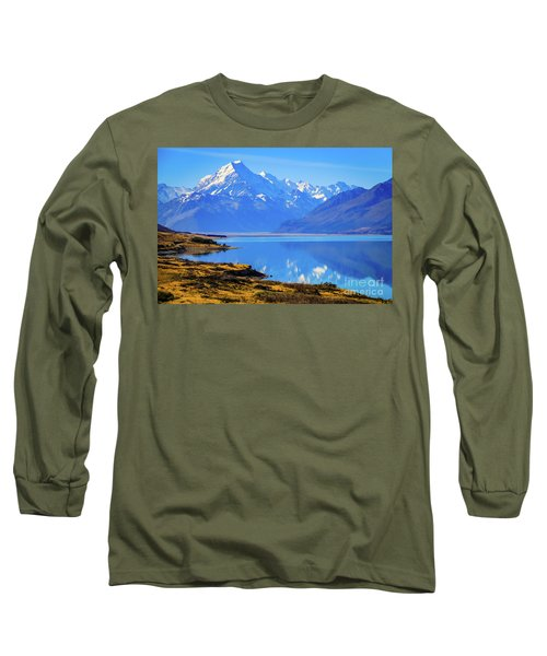 Mount Cook Overlooking Lake Pukaki,  New Zealand Long Sleeve T-Shirt