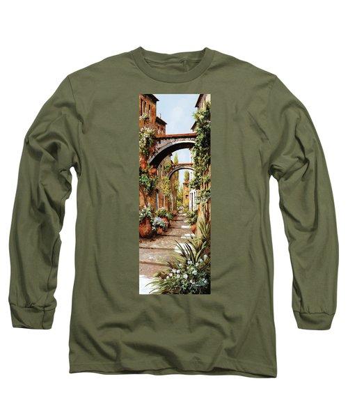 Profumi Tra Gli Archi Long Sleeve T-Shirt