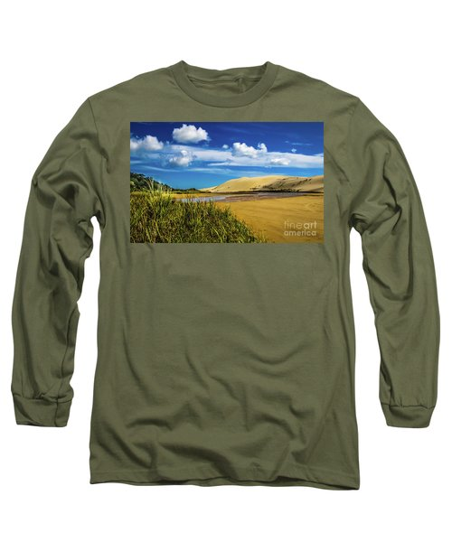 90 Miles Beach, New Zealand Long Sleeve T-Shirt