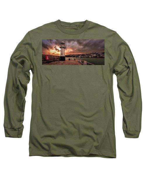 St Ives Cornwall - Lighthouse Sunset Long Sleeve T-Shirt