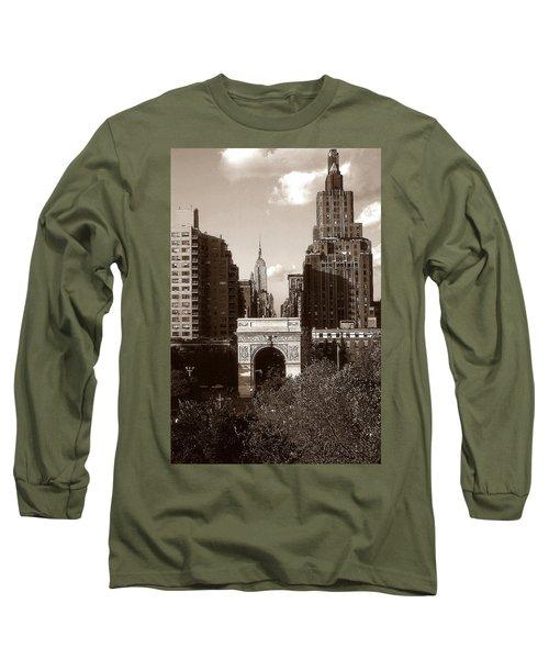 Washington Arch And New York University - Vintage Photo Art Long Sleeve T-Shirt