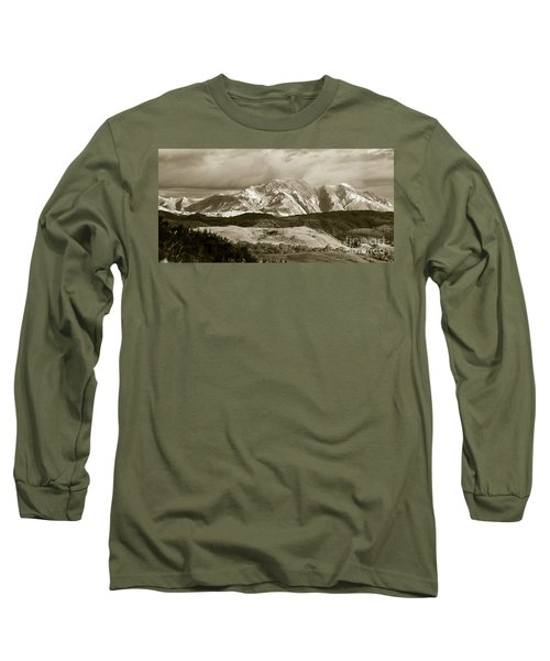 West Coast Range Tasmania Long Sleeve T-Shirt