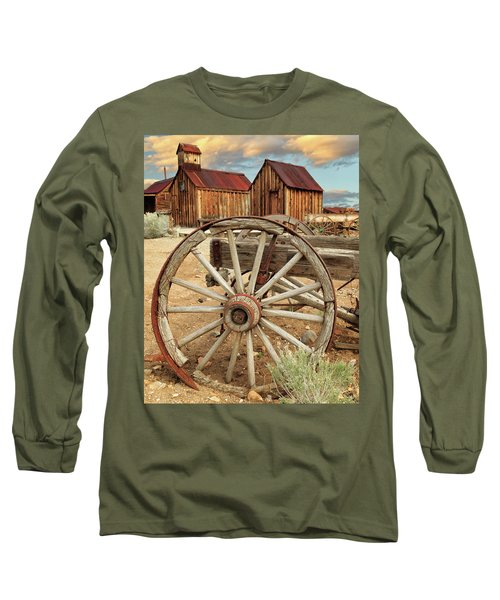 Wheels And Spokes In Color Long Sleeve T-Shirt