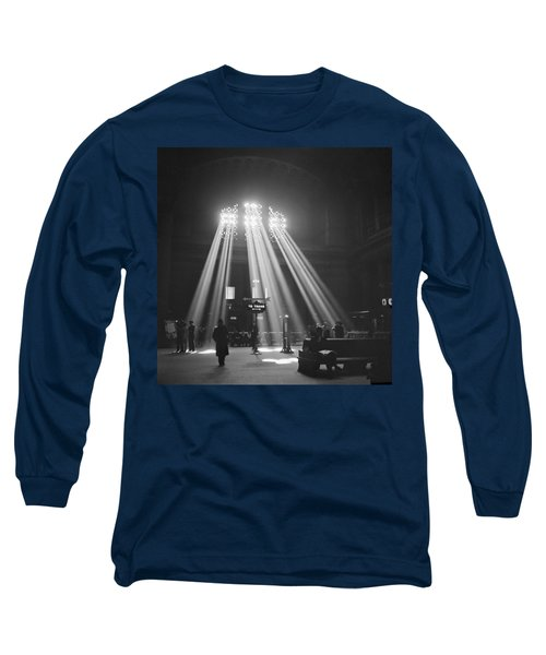Union Station In Chicago Long Sleeve T-Shirt