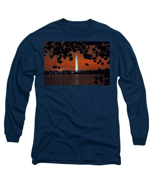 Long Sleeve T-Shirt featuring the photograph Washington Monument by Suzanne Stout