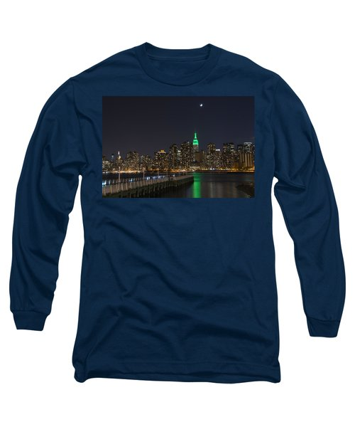 View From Gantry Plaza State Park Long Sleeve T-Shirt