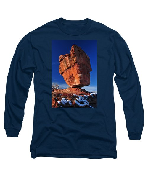 Balanced Rock At Garden Of The Gods With Snow Long Sleeve T-Shirt