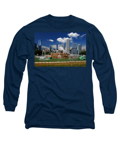 Chicago Skyline Grant Park Fountain Clouds Long Sleeve T-Shirt