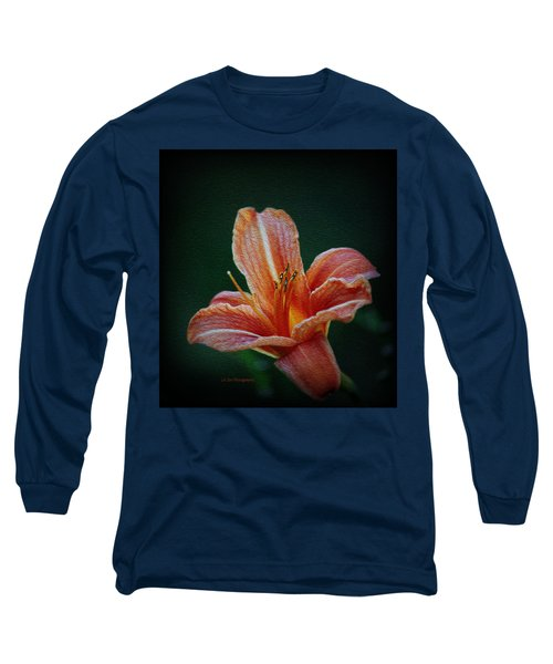 Day Lily Rapture Long Sleeve T-Shirt