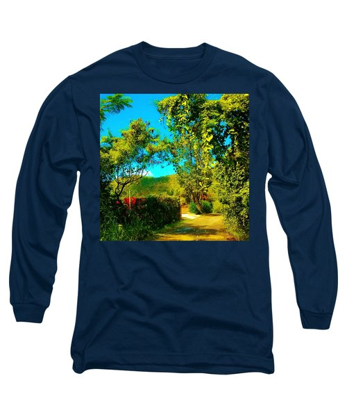 East End St. John's Usvi Long Sleeve T-Shirt