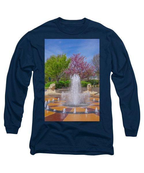 Fountain In Coolidge Park Long Sleeve T-Shirt