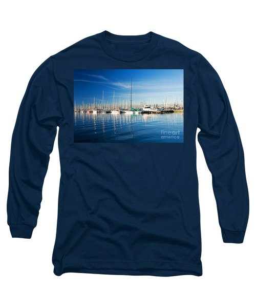 Long Sleeve T-Shirt featuring the photograph Gem Pier Of Williamstown by Yew Kwang