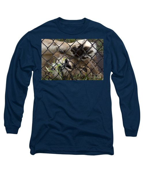I Want To Go Home - Female African Lion Long Sleeve T-Shirt