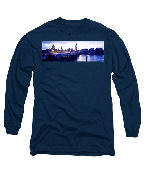 London, England, United Kingdom Long Sleeve T-Shirt