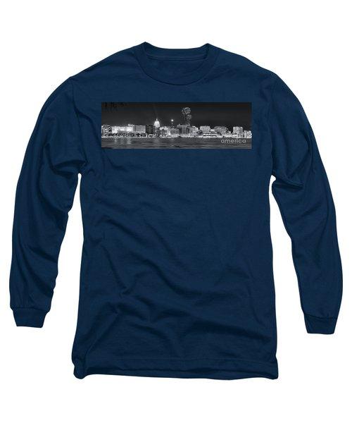 Madison - Wisconsin -  New Years Eve Panorama Black And White Long Sleeve T-Shirt