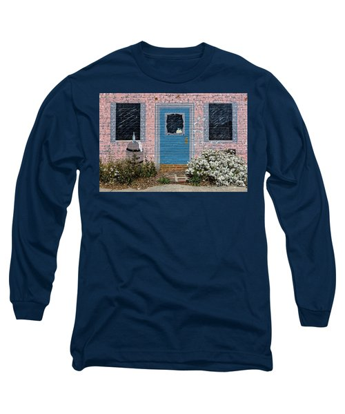 Window With No View Long Sleeve T-Shirt