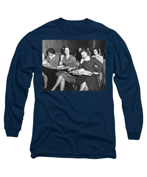 Women In Airline Class Long Sleeve T-Shirt