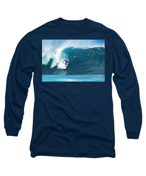 Pro Surfer Kelly Slater Surfing In The Pipeline Masters Contest Long Sleeve T-Shirt