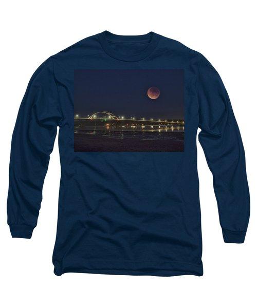 Blood Moon Over Alsea Bay Long Sleeve T-Shirt