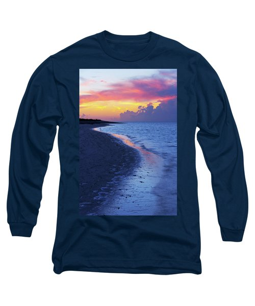 Long Sleeve T-Shirt featuring the photograph Draw by Chad Dutson