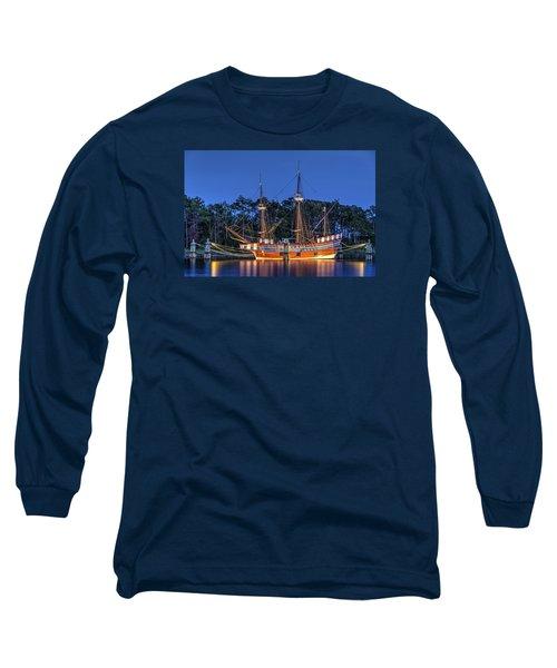 Elizabeth II At Dock Long Sleeve T-Shirt by Greg Reed