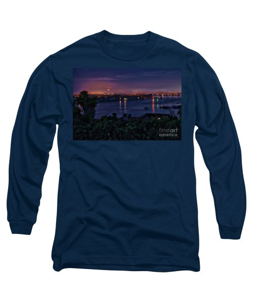 First Moonset Of 2018 Long Sleeve T-Shirt