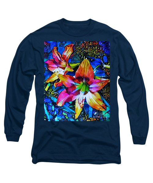 Hippeastrum Abstract Long Sleeve T-Shirt