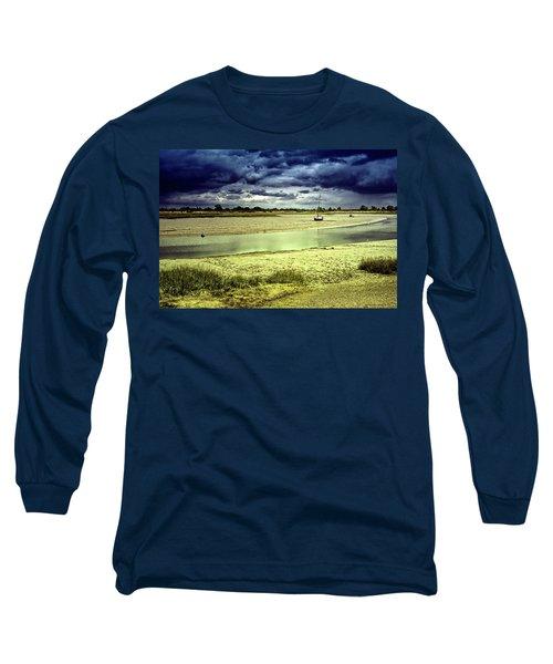 Maldon Estuary Towards The Sea Long Sleeve T-Shirt