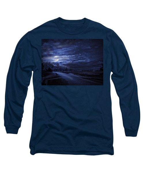 Moonrise Over Pymatuning Lake Long Sleeve T-Shirt