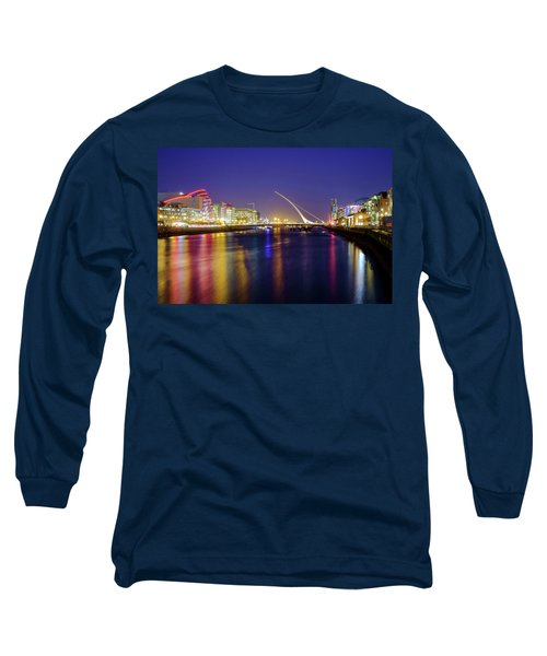River Liffey In Dublin At Dusk Long Sleeve T-Shirt